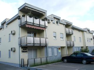 Apartment Luna, Kastel Stari