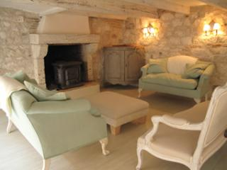 Stay in a13th century medieval village in SW France