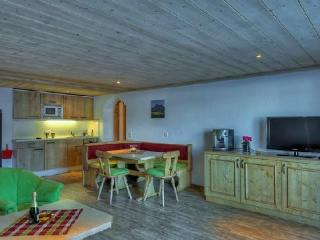 Vacation Apartment in Riezlern - 732 sqft, spacious, modern, nice view (# 3948)
