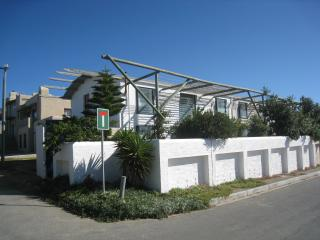 Beach House for Rent in Arniston, South Africa, Cabo Occidental