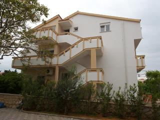 Apartmani Novalja