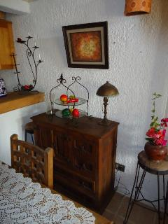 Casa Tilostoc - Authentic hand made wood furniture in the living area