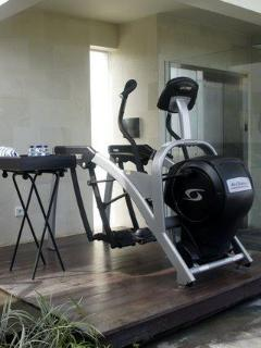 Arc Trainer at 5 bedrooms Villa