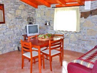 Apartments Etore - 70311-A2, Cepic