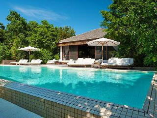 Turks And Caicos Villa 38 The Villa Has Views Of Both The Island's Lush Vegetation And Turquoise Sea., Parrot Cay