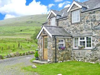 STABAL COTTAGE on working farm, good walking, next to stream in Dolgellau Ref