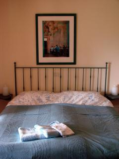 Both bedrooms of apartment Città della Pieve have handmade double beds