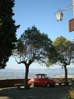 Litlle 'piazza' of the mideaval town of Monteleone d'Orvieto, 1 km from Casa San Carlo