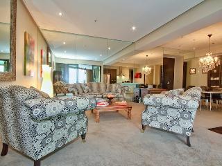 Central Wellington Apartment