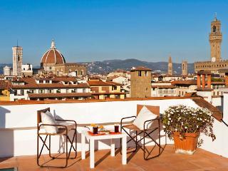 Pontevecchio Terrace - Florence center with city view