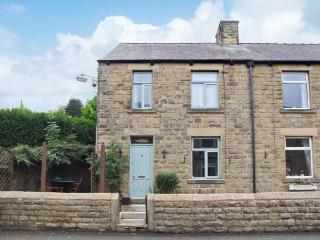 ROSSKEEN, cottage in popular village, open fire, patio and deck, amenities close, Tideswell Ref 22019