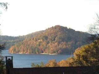 Lake Glenville View Villa
