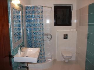Comfortable Apartment between Split and Trogir, Kastel Kambelovac