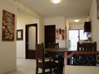 The Basic House 3 nights min/ 750usdMonthly, Tulum