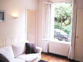 Beautiful 1-bed in 'Latin Quarter' opposite park, París
