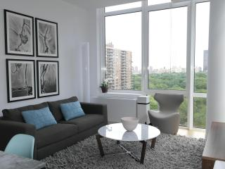 The Whant Collection - Central Park-Facing Luxury One Bedroom!, Nueva York