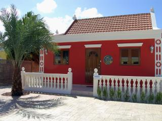 Aruba Cunucu house with pool 2 bed - 2 bath
