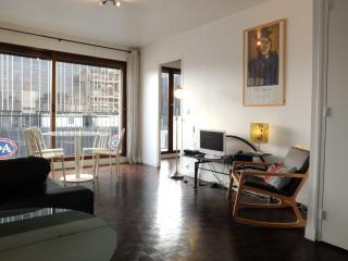 Modern Trendy 1 Bedroom Apartment, Parijs