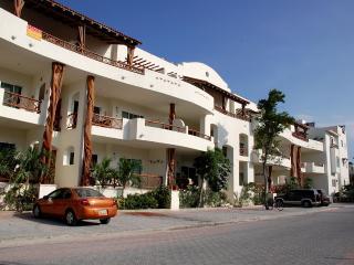 Las Olas 102 - Condo Iguana, Playa del Carmen