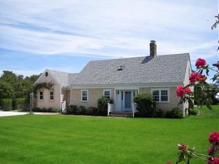 132 Surfside Road, Nantucket