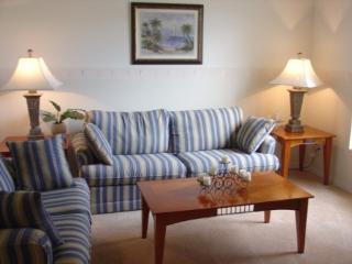 Elegant 5 Bedroom 3 Bath villa with South facing pool. 318SL
