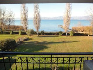 TOP apartment in front of the lake.  Wanderfull view waterfront, Sirmione