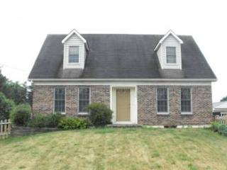 Spacious 3 Bedroom Home Only Minutes to the PSU Stadium, Bellefonte