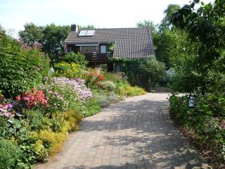 Bed & Breakfast Familie van Vliet. 4 Tulips. Cycling, walking, birding, relaxing