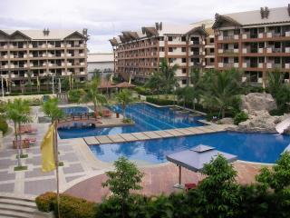 Great poolside with club house, children's playground, waterslide...