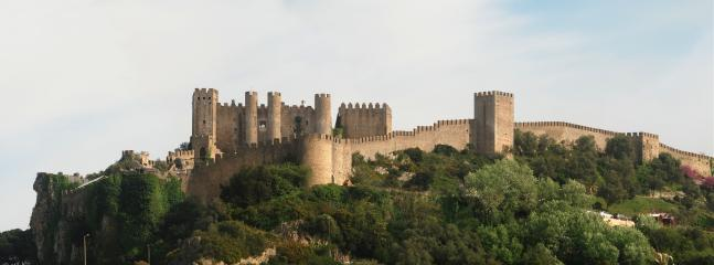 Beautiful Obidos castle - just 10 minutes drive from Praia d'el Rey
