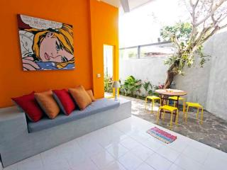 BALIPOP Apartment 2br SEMINYAK 300m from the beach, Seminyak