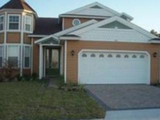 Luxurious 5 star 5 bed 5.5 bathroom pool home, Davenport