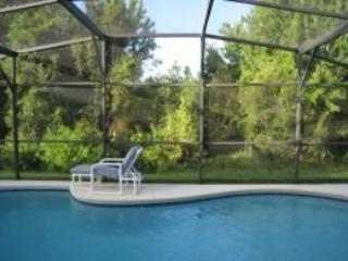 Luxury home, peaceful location 12 minutes to parks, Davenport