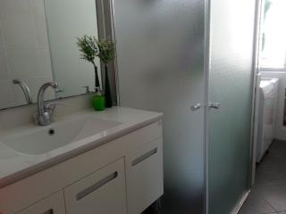 Sweet & cozy apt- grate location, Ideal for family, Netanya
