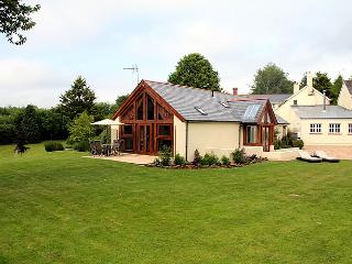 The Dairy - Luxury 5 star Self-Catering Cottage, Crediton