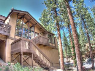 South Lake Tahoe, Town Home near Heavenly Ski