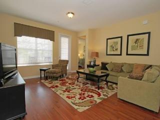 Upgraded 2 Bedroom Vista Cay Condo. 4840CA-106