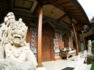 Mini Royal Balinese Palace, immerse in Bali style!