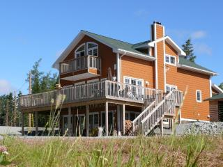Fiddlerslake Romantic Apartment at the lake, Cape Breton Island