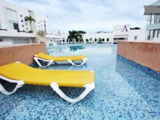 Rental near 5th Avenue and Playacar -Plaza Paraiso