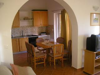 JurAn Sukosan-Croatia: Apartman A5 (3+2+1)