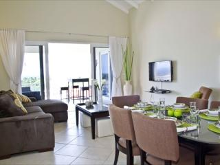 Royal Palm Resort. Luxury 2B-room Apart ocean view, Willemstad