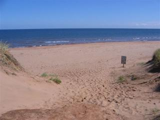 Cavendish PEI Area - 2 Bedroom Deluxe Cottage