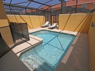 PARADISE PALMS RESORT ORLANDO MF- 4 Bedroom/3 bath pool and lanai, Kissimmee