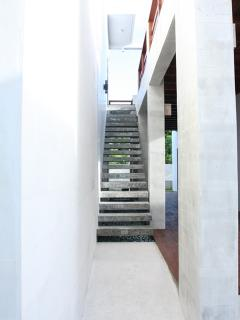 scene estate stairs