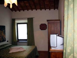 Farm apartment Le Ghiande, in Siena countryside