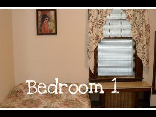 3 bdrm furnished  2nd floor Staten Island