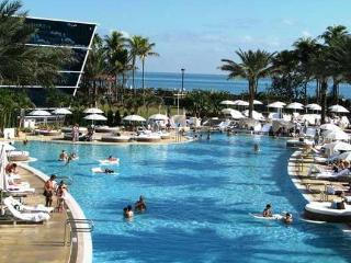 CANCELLATION AUG 26 - SEPT 4 - NAME YOUR PRICE!, Miami Beach