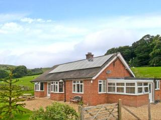 PENNANT BUNGALOW, woodburner, pretty country views, all ground floor, near