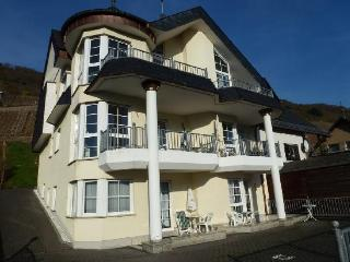 Vacation Apartments in Mueden (Mosel) - nice view, quiet, friendly (# 4127), Müden (Mosel)